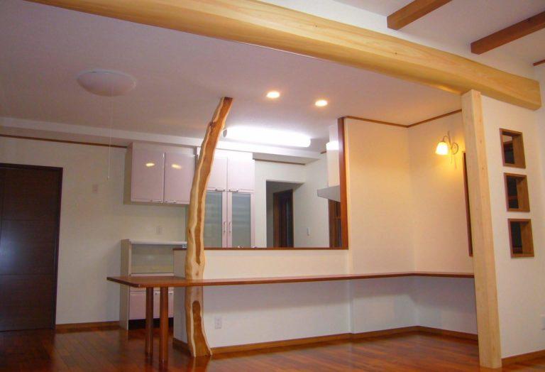タイコ(キッチンカウンター、天井)