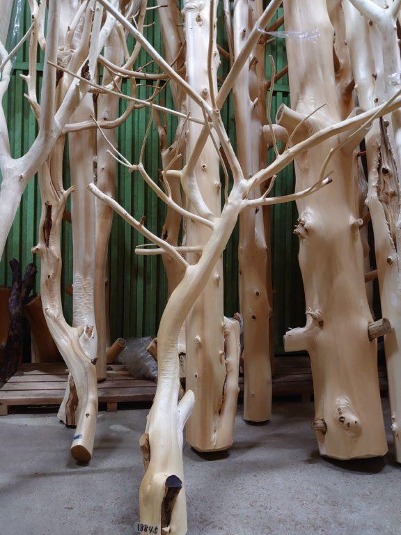 枝付き自然木